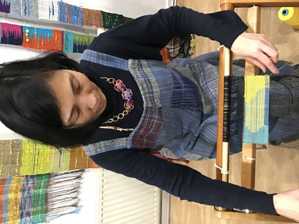 Mihoko weaving